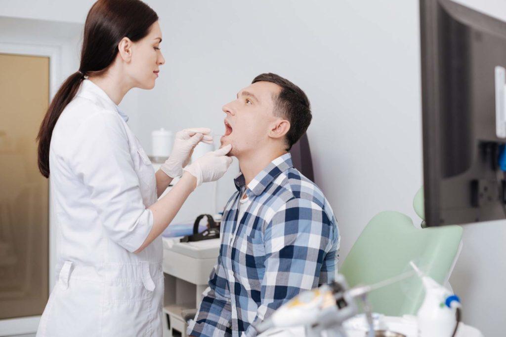 Enfermedades de la boca y de la faringe